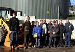 Mescheder SozialdemokratInnen besichtigten die Biogas-Anlage auf dem Hof Seemer in Wallen.