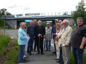 Die Mescheder Sozialdemokraten informierten sich vor Ort über die geplante Umgehungsstraße Olpe.