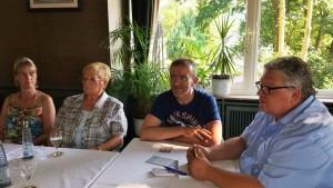 Bürgermeisterkandidat Jürgen Lipke bei einer Diskussionsrunde in Meschede